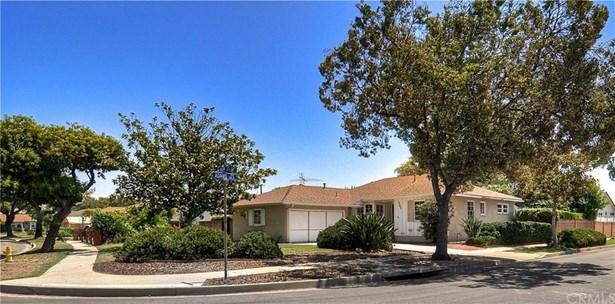 752 W Knepp Avenue, Fullerton, CA - USA (photo 2)