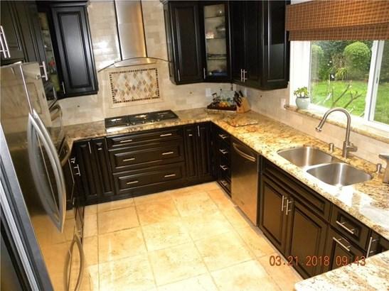 3285 Hidden Creek Avenue, Thousand Oaks, CA - USA (photo 4)