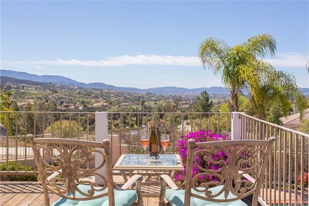 39480 Avenida De La Bandolero, Temecula, CA - USA (photo 1)