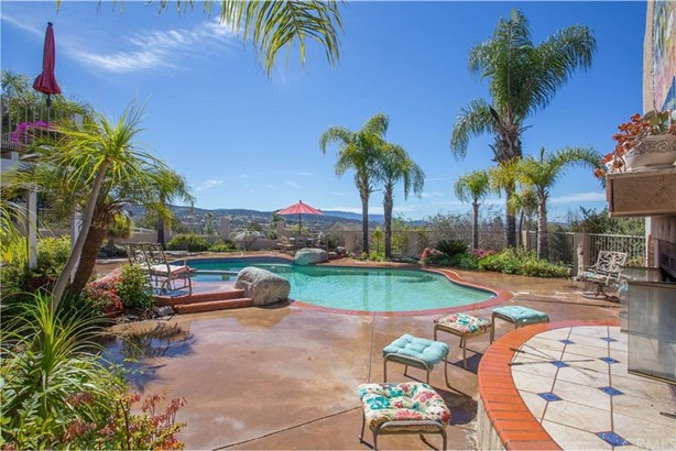 39480 Avenida De La Bandolero, Temecula, CA - USA (photo 4)