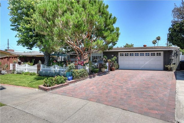 457 N Crescent Drive, Orange, CA - USA (photo 2)