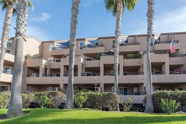 1200 Pacific Coast 226, Huntington Beach, CA - USA (photo 2)