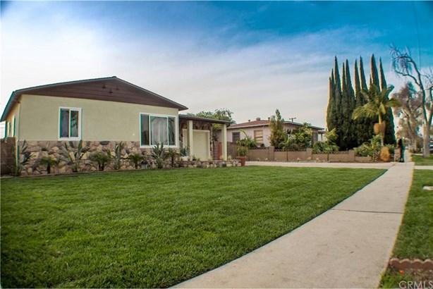 2206 S Shelton Street, Santa Ana, CA - USA (photo 1)