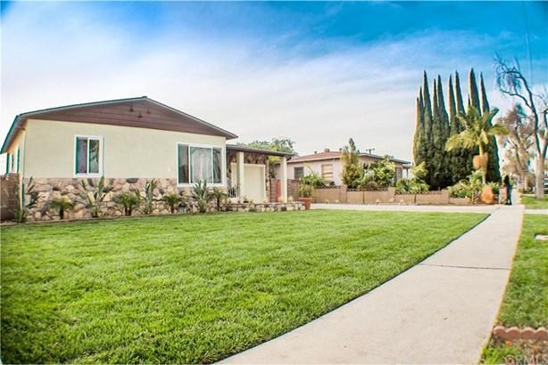 2206 S Shelton Street, Santa Ana, CA - USA (photo 2)