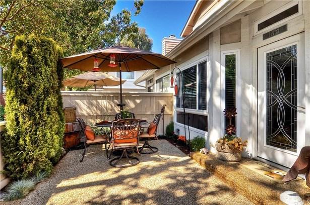 12733 Mistybrook Circle, Stanton, CA - USA (photo 5)