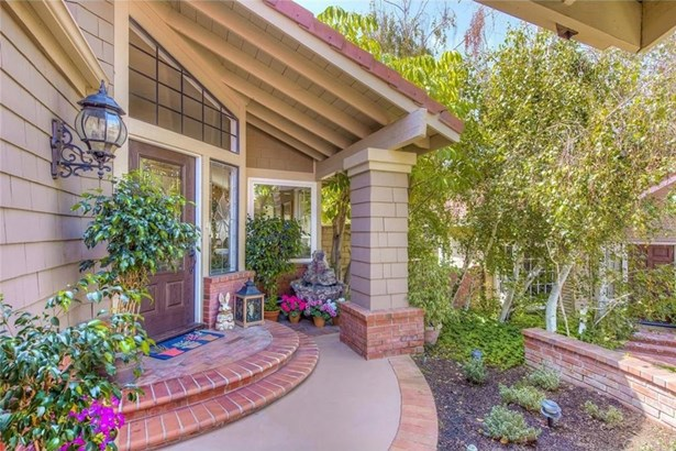 345 S Basil Street, Anaheim Hills, CA - USA (photo 5)