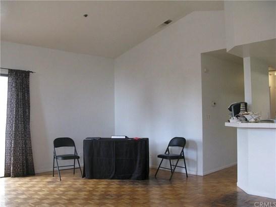 450 Anderwood Court 17, Pomona, CA - USA (photo 4)