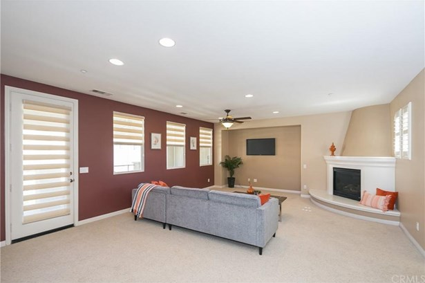 8360 Ranger Lane, Chino, CA - USA (photo 5)