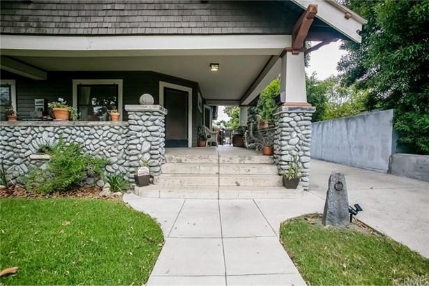 379 Garfield Avenue, Pomona, CA - USA (photo 3)