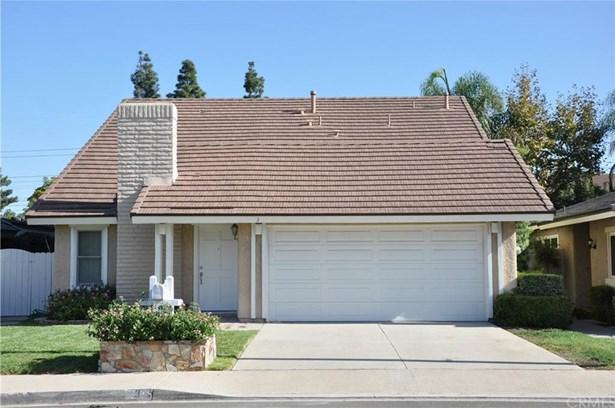 3 Star Thistle, Irvine, CA - USA (photo 1)