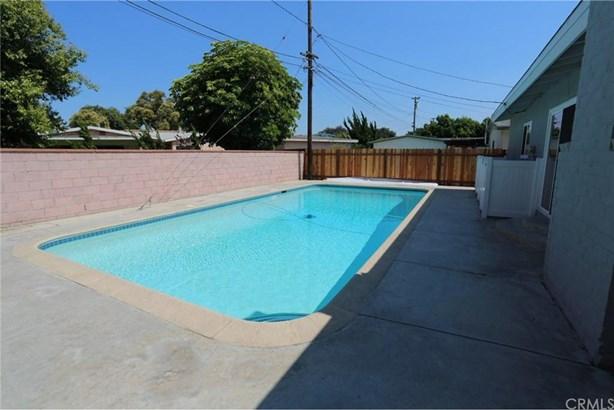 2726 Chatwin Avenue, Long Beach, CA - USA (photo 2)