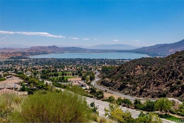 29348 Lake Mist Drive, Lake Elsinore, CA - USA (photo 1)