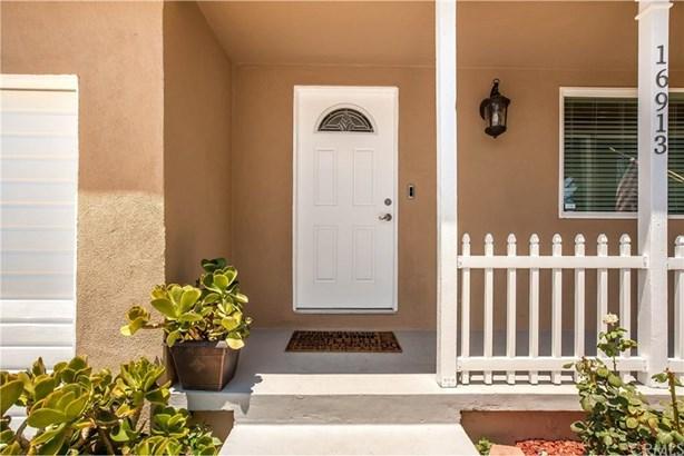 16913 Hartland Street, Van Nuys, CA - USA (photo 2)