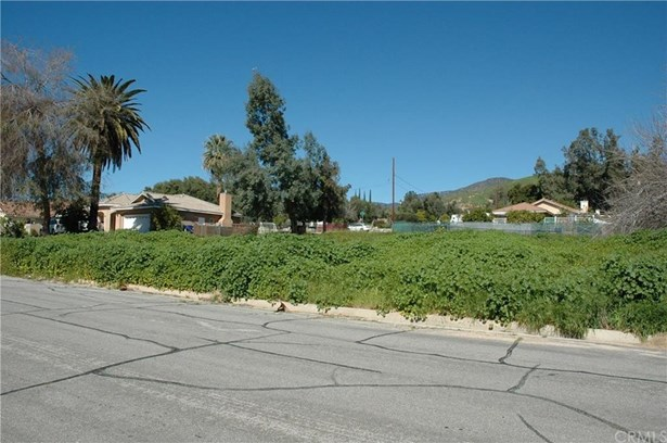 3745 Jeffers Road, Del Rosa, CA - USA (photo 2)
