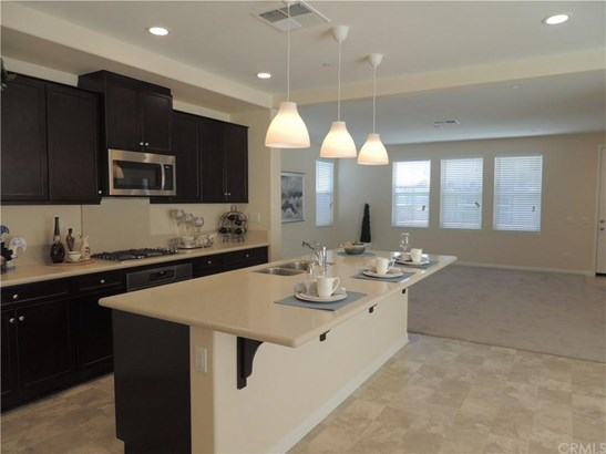 12943 Waterlily Way, Chino, CA - USA (photo 1)