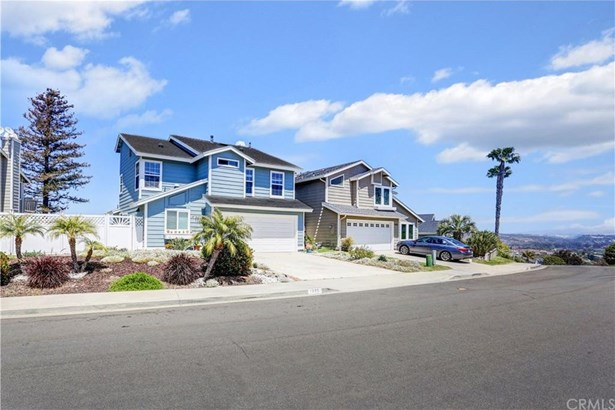 1800 E Pointe Avenue, Carlsbad, CA - USA (photo 3)