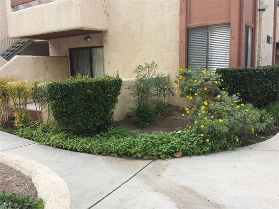 1400 W Edgehill Road 29, San Bernardino, CA - USA (photo 1)
