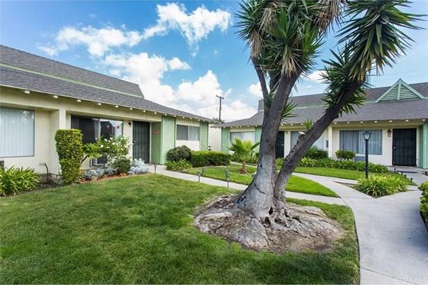 17121 Mcfadden Avenue 7, Tustin, CA - USA (photo 3)