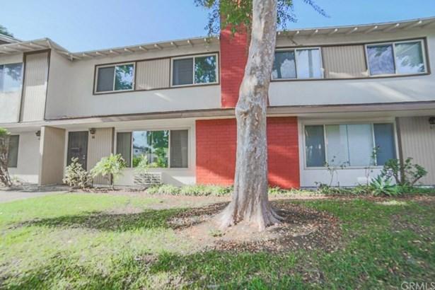 1722 Mitchell Avenue 66, Tustin, CA - USA (photo 2)
