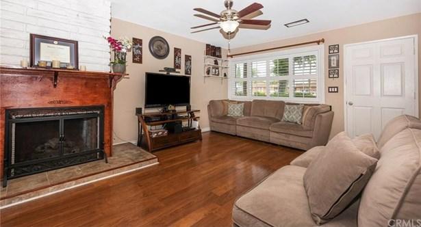 13664 Red Hill Avenue C, Tustin, CA - USA (photo 3)