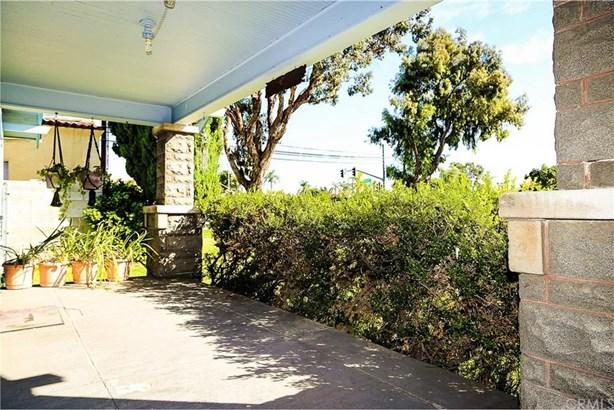1208 Orange Avenue, Santa Ana, CA - USA (photo 3)