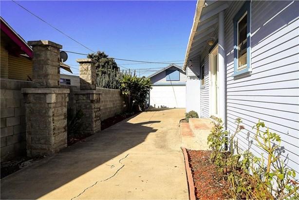 1208 Orange Avenue, Santa Ana, CA - USA (photo 4)
