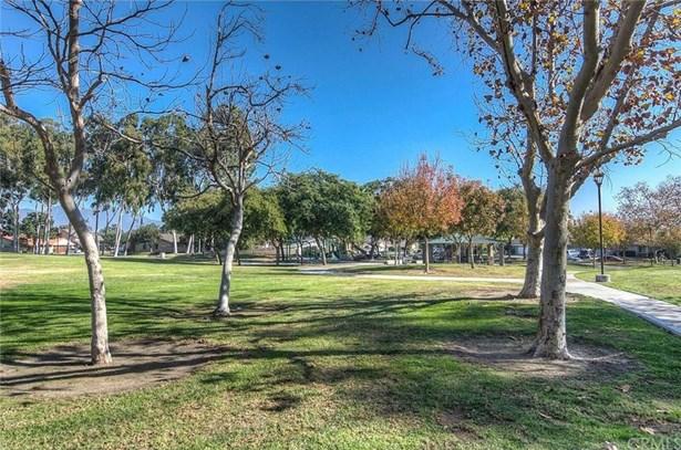 25046 Silverleaf Lane, Laguna Hills, CA - USA (photo 2)