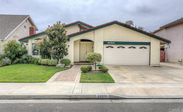 20211 Everglades Lane, Huntington Beach, CA - USA (photo 2)