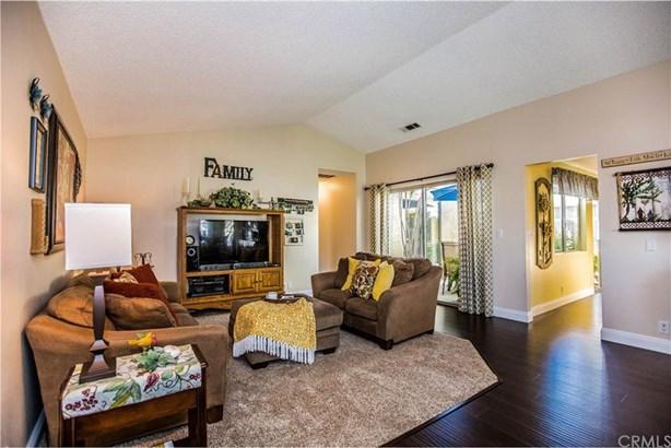 8474 E Foothill Street, Anaheim Hills, CA - USA (photo 2)