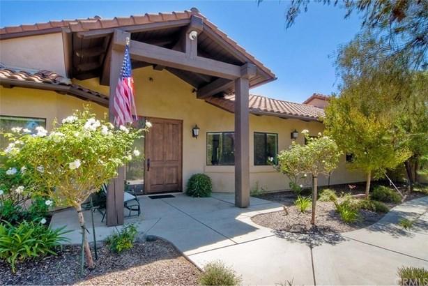 30341 Castlecrest Drive, Valley Center, CA - USA (photo 1)