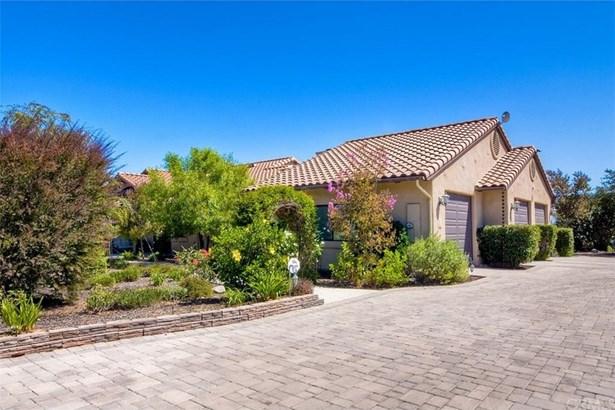 30341 Castlecrest Drive, Valley Center, CA - USA (photo 3)