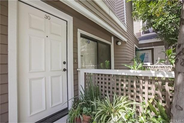 15135 Nordhoff Street 30, North Hills, CA - USA (photo 3)