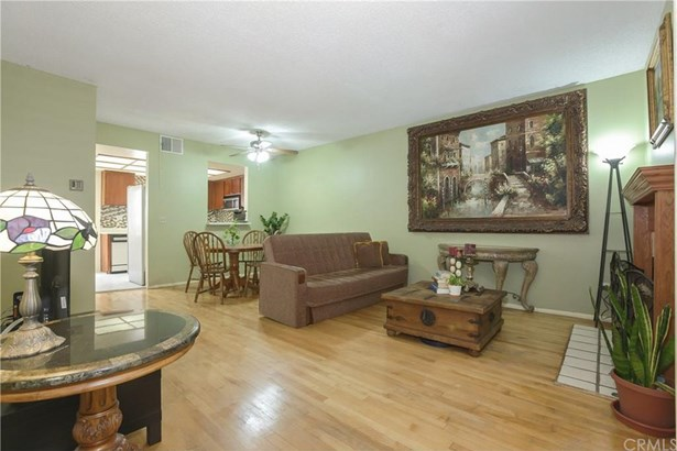 15135 Nordhoff Street 30, North Hills, CA - USA (photo 4)