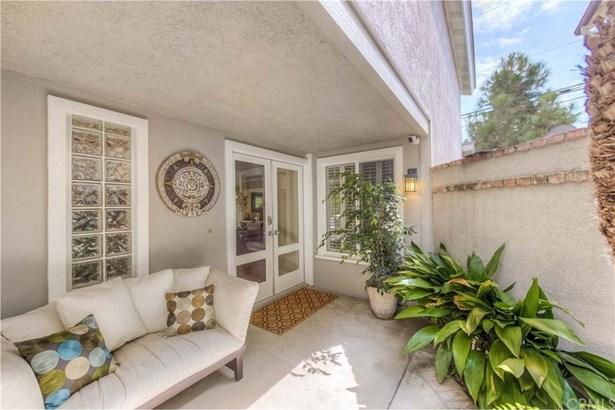 1113 Ridgecrest Circle, Costa Mesa, CA - USA (photo 2)
