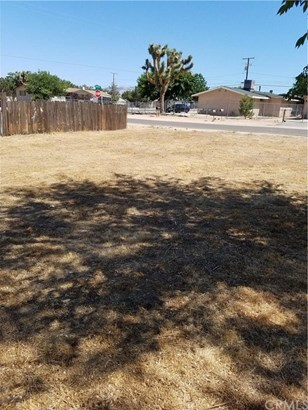 16178 Cajon Street, Hesperia, CA - USA (photo 2)