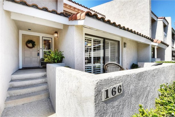 166 Fairhaven Lane, Costa Mesa, CA - USA (photo 2)