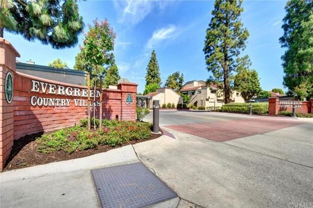 3545 W Greentree Circle B, Anaheim, CA - USA (photo 1)