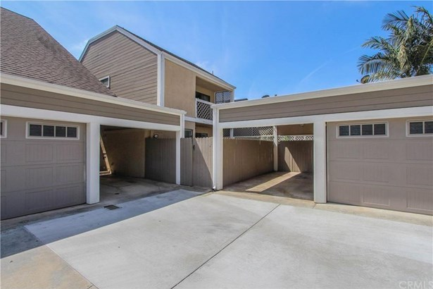 2554 Elden Avenue B104, Costa Mesa, CA - USA (photo 1)