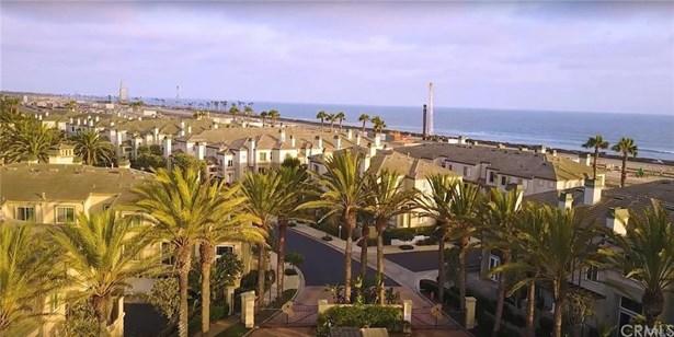 19411 Surfset Drive, Huntington Beach, CA - USA (photo 2)