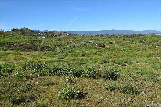 20205 Luchs Road, Lake Mathews, CA - USA (photo 2)