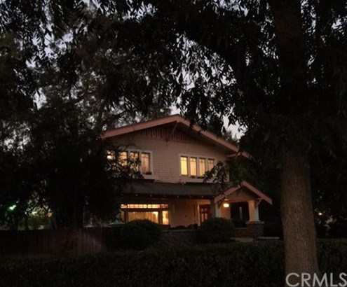 695 E Kingsley Avenue, Pomona, CA - USA (photo 2)