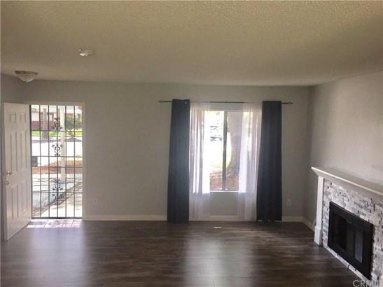 16040 Reed Court, Fontana, CA - USA (photo 3)
