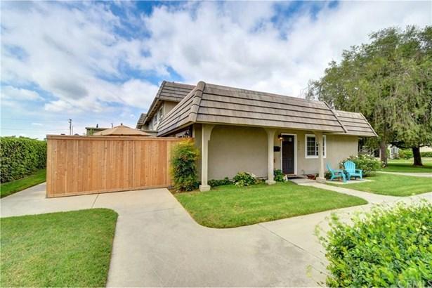 4574 Larwin Avenue, Cypress, CA - USA (photo 2)