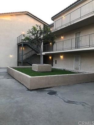 15000 Downey Avenue 104, Paramount, CA - USA (photo 2)