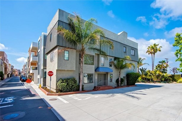 71 B Surfside Avenue, Surfside, CA - USA (photo 2)
