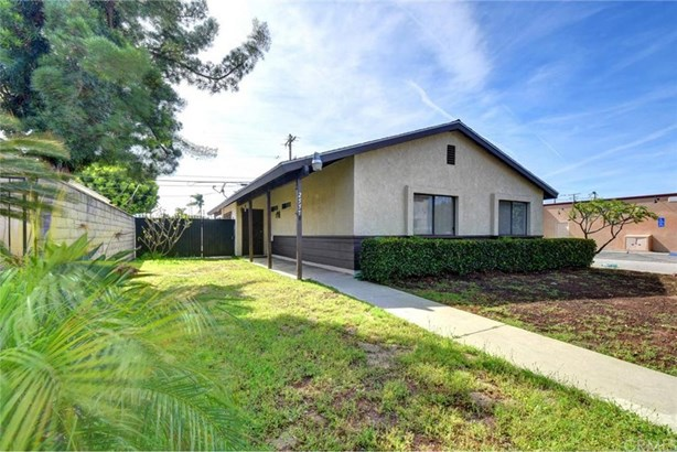 2557 Pine Avenue, Long Beach, CA - USA (photo 2)