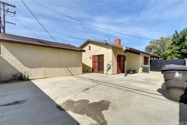 2557 Pine Avenue, Long Beach, CA - USA (photo 4)