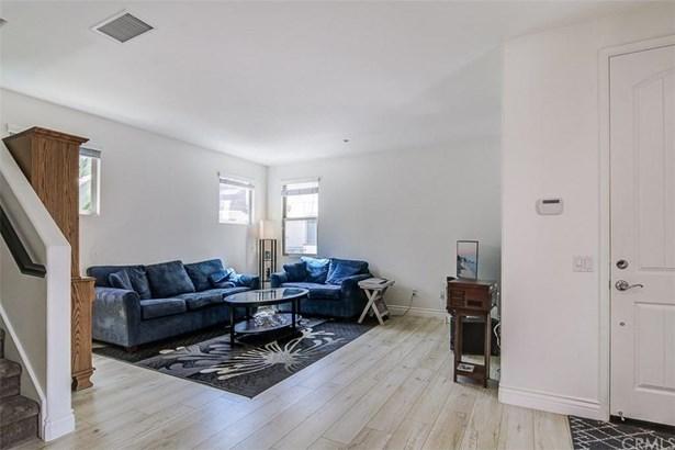 2835 W Edinger Avenue, Santa Ana, CA - USA (photo 5)