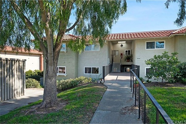 3034 Via Vista # A, Laguna Woods, CA - USA (photo 2)