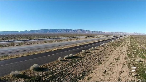 1 Hwy 58, Bishop Dr., Mojave, CA - USA (photo 1)